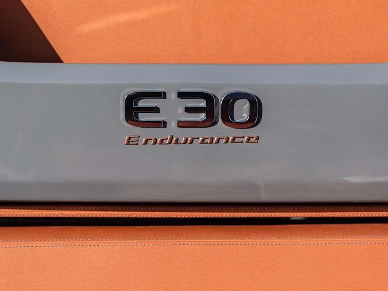 Cranchi Endurance 30
