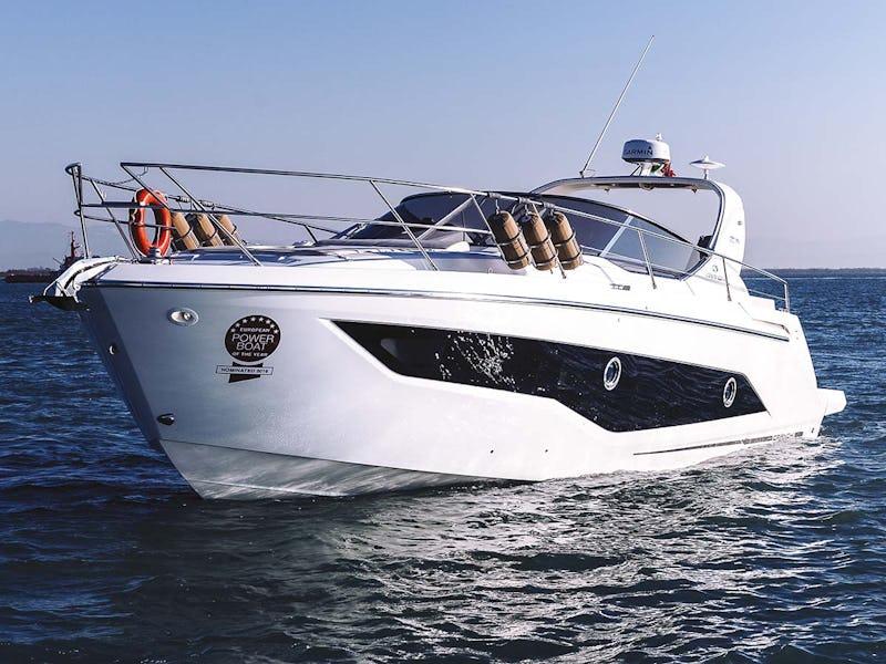 Cranchi Z35 Cruiser